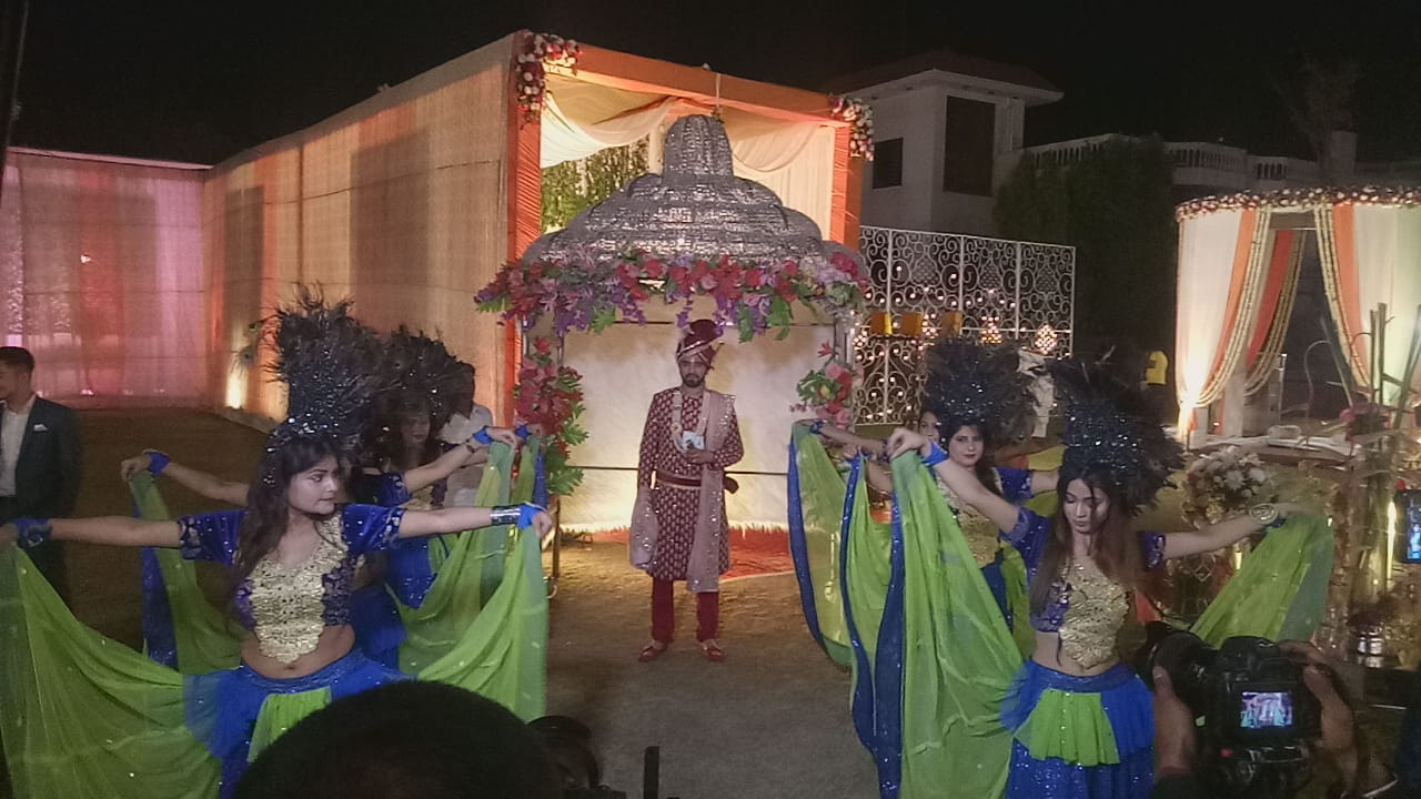 Bride-Groom Entry Theme